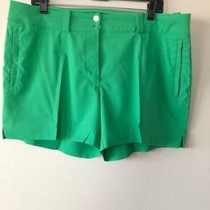 Nike Golf Green Summer Dri Fit Shorts Size 14